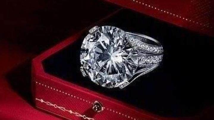 Inel în valoare de 750.000 de lire dat în căutare de Muzeul Britanic