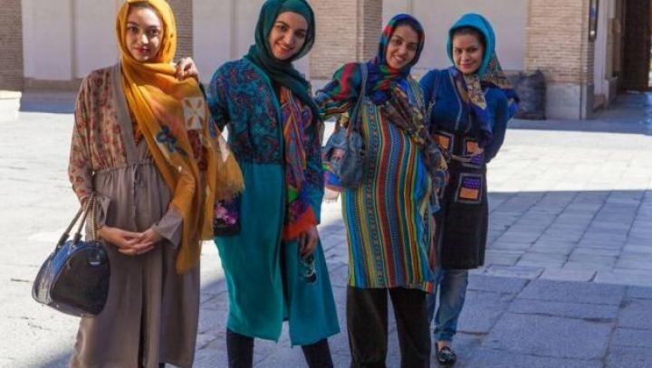 """Femeile trebuie """"atinse"""" astfel încât să nu simtă durere fizică: Cum să-ți bați nevasta în lumea arabă"""