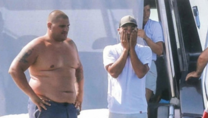 Surpriză neplăcută! Mascații au descins pe iahtul starului de la Real Madrid ( FOTO)