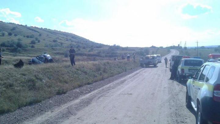 ACCIDENT GROAZNIC în raionul  Floreşti: Trei persoane, printre care şi un minor, RĂNITE GRAV (FOTO)