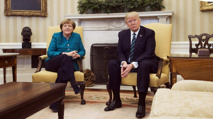 Trump a negociat cu Merkel despre taxele impuse de SUA