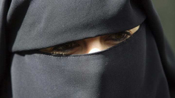 CEDO susţine decizia Belgiei de a interzice burka