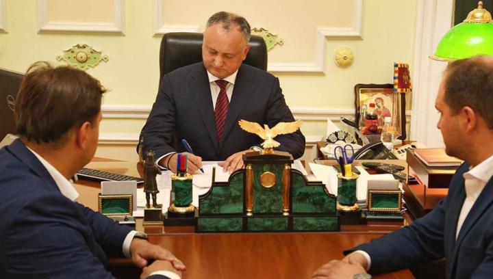 Legea privind sistemul mixt de vot, PROMULGATĂ de preşedintele Igor Dodon