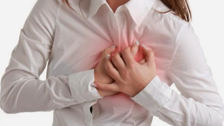 Evită aceste 9 alimente dacă ai probleme cu tensiunea sau cu inima