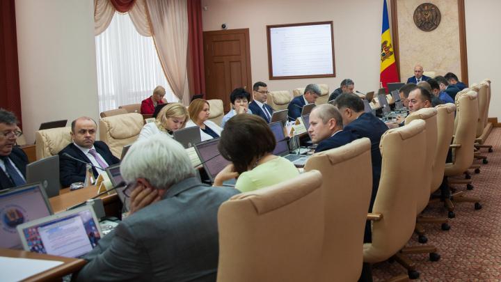Executivul a aprobat proiectul legii pentru îmbunătățirea serviciilor medicale