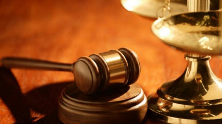 O cântăreață de succes, trimisă în judecată pentru că a denigrat Nilul
