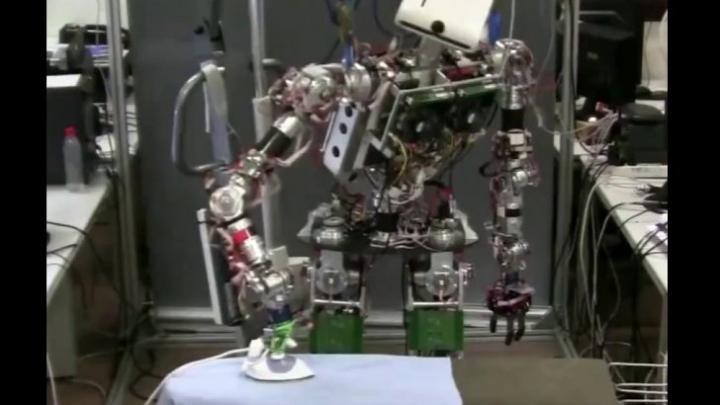 Revoluționar! Peste 150 de ani roboții vor lucra în locul oamenilor