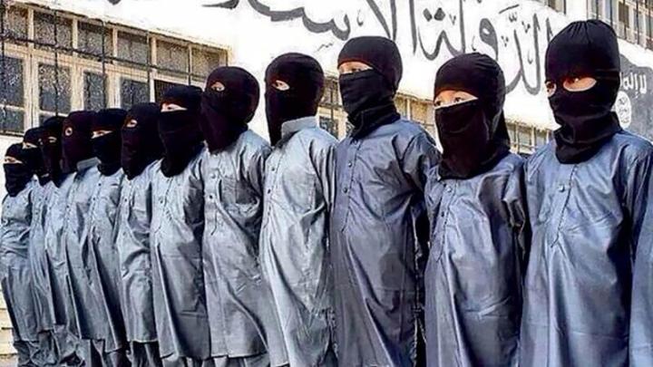 Soartă cruntă pentru copiii Statului Islamic. Ce îi așteaptă în taberele de maximă siguranță