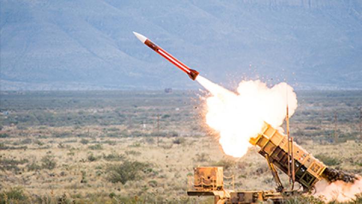 Guvernul român a aprobat proiectul de lege pentru achiziția primului sistem de rachete Patriot