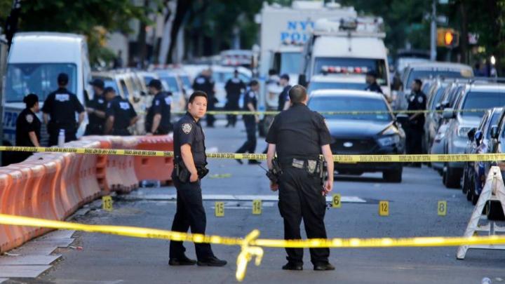 O poliţistă a fost ucisă la New York. Atacatorul a fost lichidat de forţele de ordine