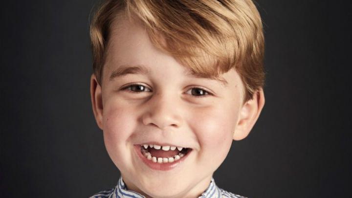 Sărbătoare în familia regală. Câți ani împlinește George, cel mai mic succesor la tronul Marii Britanii