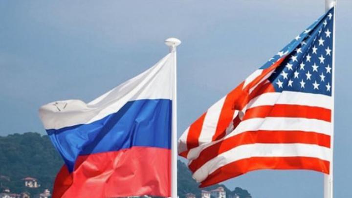 Vladimir Putin: 755 de diplomaţi americani vor fi expulzaţi din Rusia
