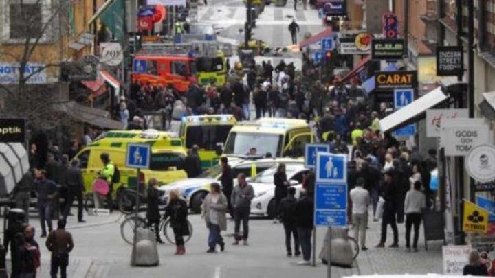 TEROARE în Suedia! Trei persoane au deschis focul în Malmo (FOTO)