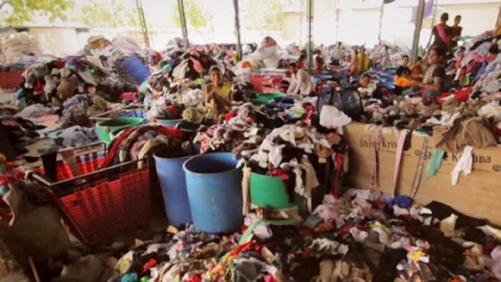 Orașul în care Occidentul își aruncă hainele deteriorate, i se zice capitala naufragiată a lumii