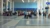 Blocați pe aeroportul din orașul Zante. Zeci de turiști britanici așteaptă să meargă acasă