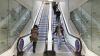 IMAGINI ŞOCANTE! Un bărbat a fost prins de o scară rulantă (VIDEO)