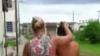 O femeie şi-a prins soţul în pat cu amanta. Ce a urmat (VIDEO +18)