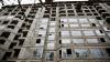 Tentativă de suicid: O adolescentă, la un pas să se arunce de la etajul şapte al unui bloc din Capitală (VIDEO)