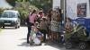 """Cabinetului pediatric mobil """"Renaşte Moldova"""", continuă să cutreiere ţara. Zeci de copii din Cârpeşti au fost consultaţi gratuit"""