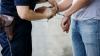 Omor din gelozie: Și-a prins soția în pat cu amantul, iar acum riscă detenție pe viaţă