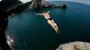 Provocare inedită pentru patru sportivi la competiția de cliff diving chiar în timpul eclipsei de soare