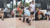 Şofer de autobuz, bătut şi lăsat în fundul gol de o pasageră furioasă (VIDEO)