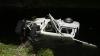 Trei persoane, printre care o fetiţă, au murit după ce microbuzul în care se aflau a căzut în râul Dâmboviţa