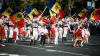 MOLDOVA, ÎN STRAIE DE SĂRBĂTOARE: Paradă a portului popular, un tricolor gigantic, muzică şi voie bună
