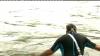 UIMITOR! Un bărbat din Bavaria înoată până la serviciu în fiecare dimineaţă (VIDEO)