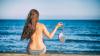 În care țări ale lumii se practică topless-ul și nudismul pe plajă