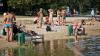 CANICULA, combătută la plaje și piscine: Sute de moldoveni au parte de distracţii la plaja de la Vadul lui Vodă