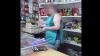 Băuturi contrafăcute şi produse alimentare, păstrate în condiţii insalubre, depistate de poliţişti (VIDEO)