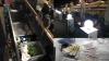 Produse depozitate în condiţii insalubre la două cafenele din sectorul Buiucani (VIDEO)