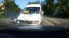 Tupeu de şofer de maxi-taxi: Iese pe contrasens, se ceartă cu şoferii şi tot el este nemulţumit (VIDEO)