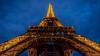 Treptele din scara originală a Turnului Eiffel din Paris au fost vândute pentru o sumă enormă