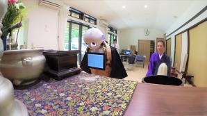 În Japonia a fost prezentat robotul care poate înlocui preotul budist şi reduce din cheltuielile legate de funeralii