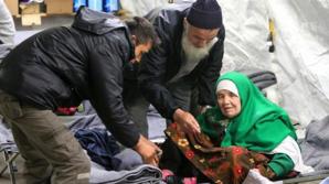 Are 106 ani, dar s-a încumetat să meargă 20 de zile pe jos până la o tabăra de refugiați. Acum riscă să fie deportată
