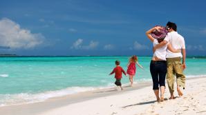 Vacanțe mai ieftine la sfârșit de vară. Agenţiile de turism oferă reduceri de până la 30 la sută