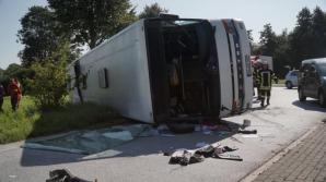 Un autocar cu români s-a răsturnat în Germania. Șase persoane au fost rănite grav
