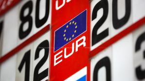 CURS VALUTAR 28 august 2017. Leul moldovenesc se depreciază uşor faţă de moneda unică europeană
