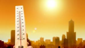 Europa, SE COACE! În Napoli s-au înregistrat peste 50 de grade. Nouă ţări, sub COD ROŞU DE CANICULĂ