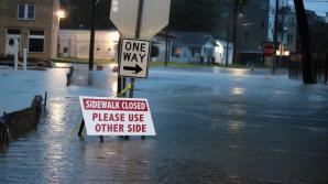 Stare de DEZASTRU în Texas în urma uraganului Harvey. Oameni morţi şi alţi zeci de mii evacuaţi.
