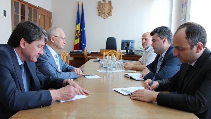 Viceprim-ministrul Gheorghe Bălan a avut o întrevedere cu ambasadorul Federaţiei Ruse în Moldova