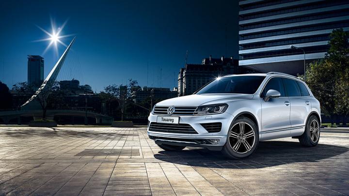 Volkswagen pregăteşte o surpriză pentru public! Când va fi lansată noua generaţie Touareg