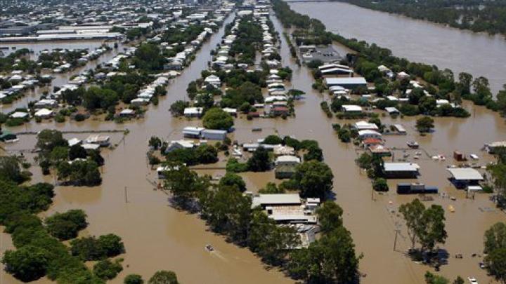 Ploi torențiale și inundații în Nepal. Peste 340.000 de case se află sub apă, iar cel puțin 49 de persoane au murit (VIDEO)