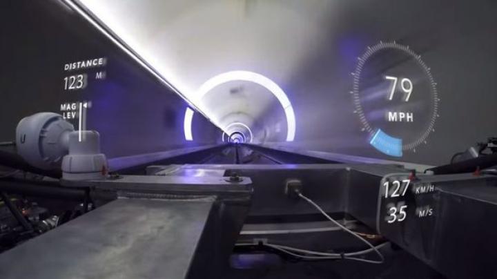 Primele imagini cu tunelul subteran din Los Angeles şi viteza uluitoare la care a ajuns capsula sistemului Hyperloop