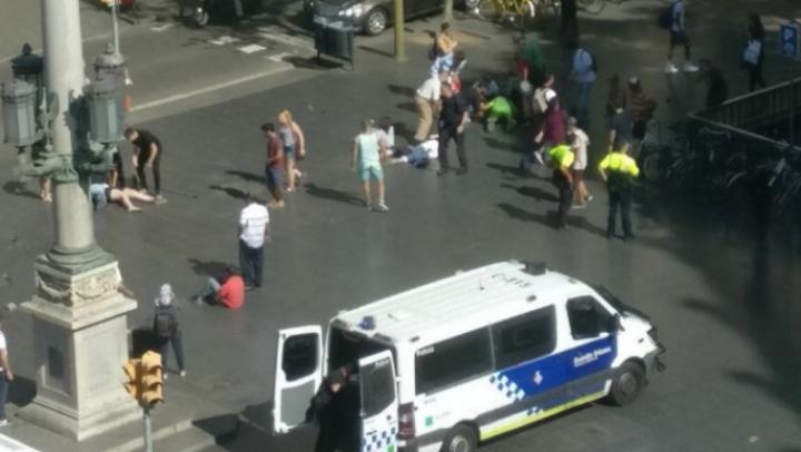 """Apelul disperat al unui bunic după atentatele teroriste de la Barcelona: """"Ajutaţi-mă să îmi găsesc nepoţelul!"""""""