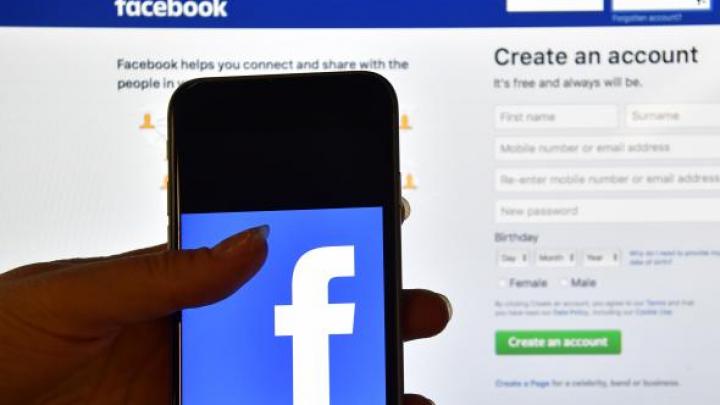 Facebook, părăsit de adolescenţi. E prima scădere înregistrată pe această grupă de vârstă