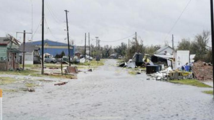 Uraganul Harvey a întrerupt un sfert din producția de petrol din Golful Mexic