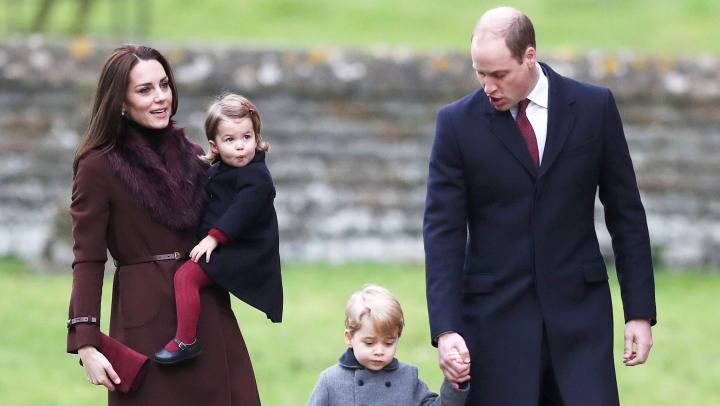 Prinţul Wiliam nu are voie să călătorească în același avion cu Prințul George. Vezi motivul